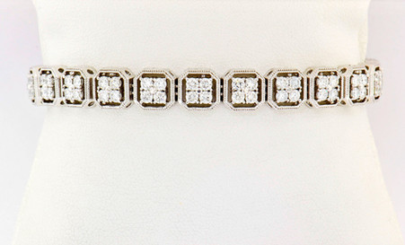 14k white gold 4.46ct total weight, diamond tennis bracelet