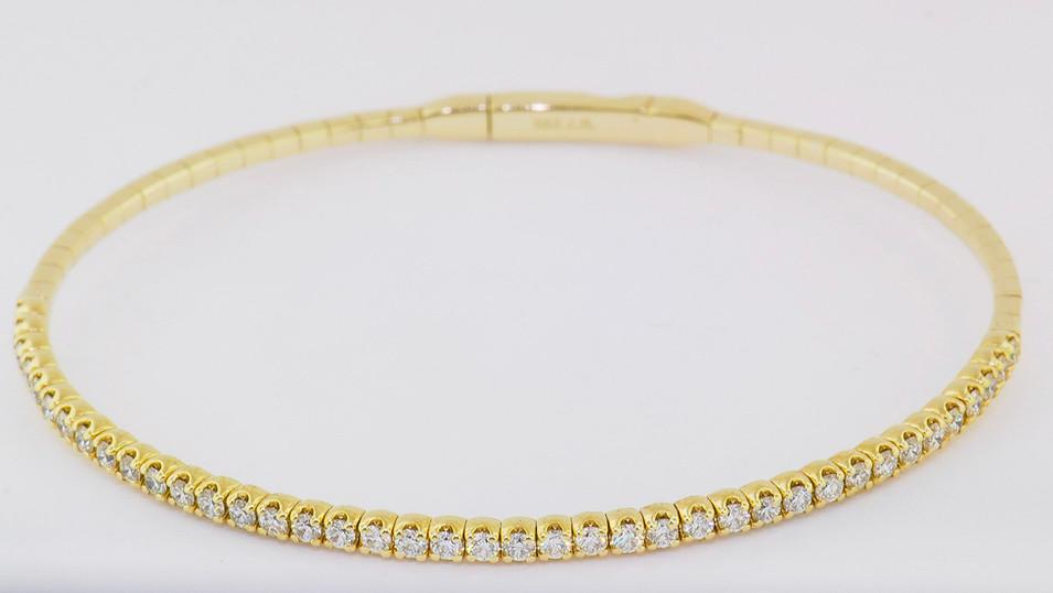 14k yellow gold, 1.20ct total weight diamond bangle