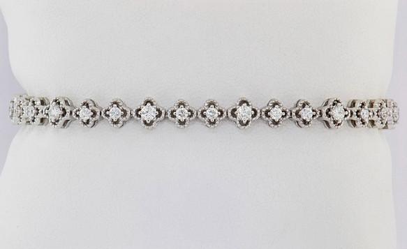 14k white gold 1.55ct total weight diamond clover tennis bracelet