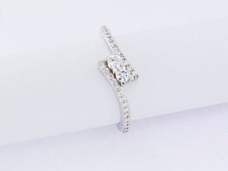 14k white gold, .45ct total weight common prong