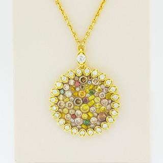 18k yellow gold, 2.25ct total weight diamond pendant