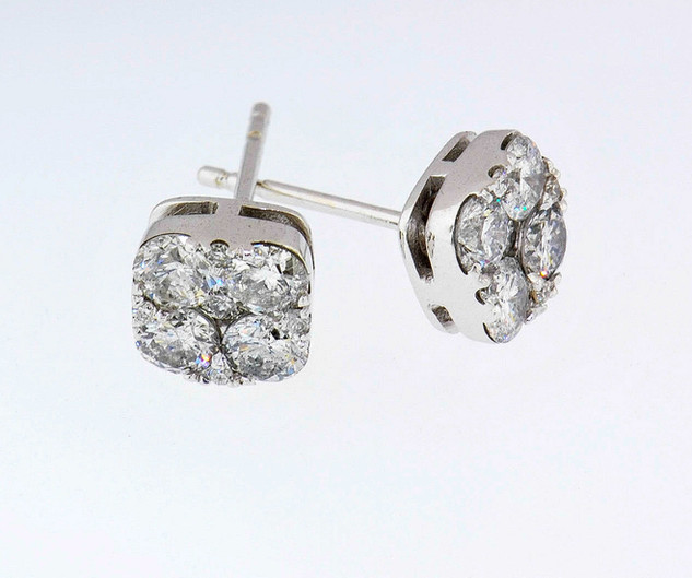 14k white gold 1.26ct total weight diamond studs
