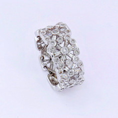 18k white gold 2.22ct total weight diamond baguettes and rounds