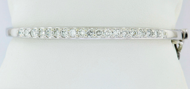 14k white gold 2.40ct total weight diamond bracelet