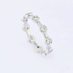 14k white gold, 1ct total weight bezel-set diamond ring