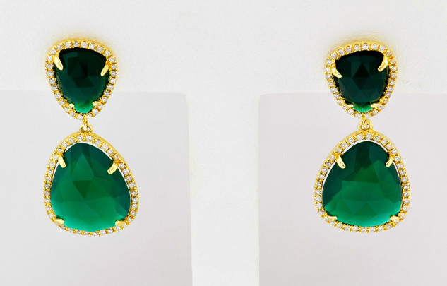 14k yellow gold .32ct total weight diamond 7.40ct total weight green agate, earrings