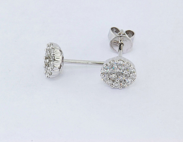 18k white gold 1.02ct total weight diamond cluster stud earrings