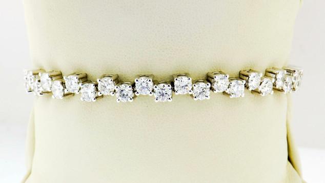 18k white gold 10.85ct diamond tennis bracelet