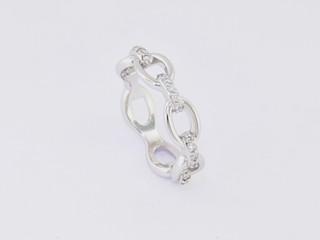 14k white gold, .25 total weight prong set diamond ring