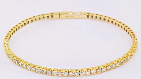 14k yellow gold, 1.71ct total weight diamond bangle