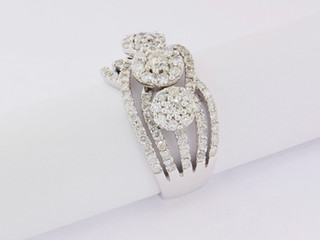 18k white gold, 1.68ct total weight, channel, prong set, and invisible set, round diamonds