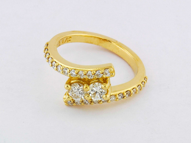 14k yellow gold 1.18ct total weight diamond ring