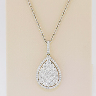 18k white gold, 1.07ct total weight diamond pendant