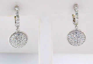 14k white gold earring containing 1.21ct in diamonds total weight