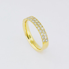 18k yellow gold, 1.70ct total weight, channel set, hand made