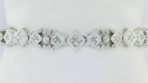18k white gold 5.46ct total weight, diamond bracelet