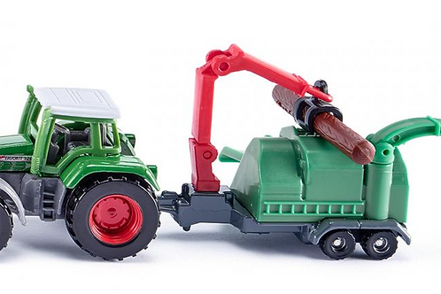 Fendt with Woodchipper
