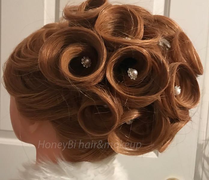 rose style hair _edited.jpg