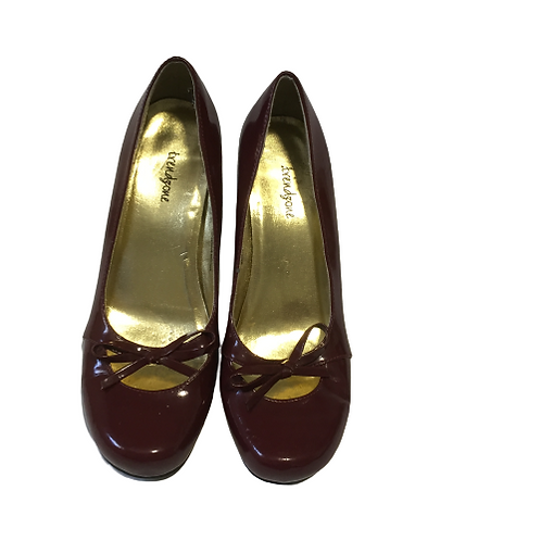 Trendzone Burgundy Heels Size 9M
