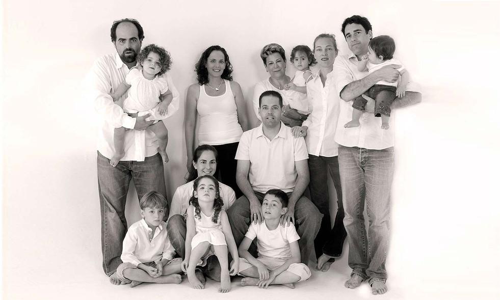 030Harpaz-Family-2- - Copy.jpg