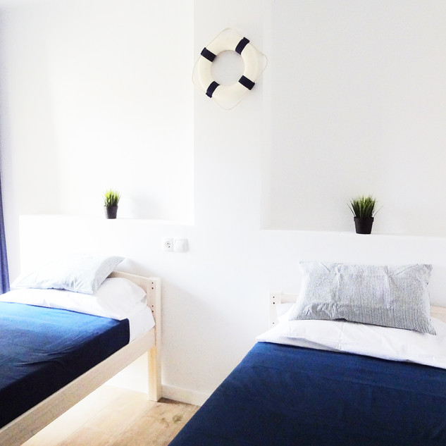 Twin Room with Balcon