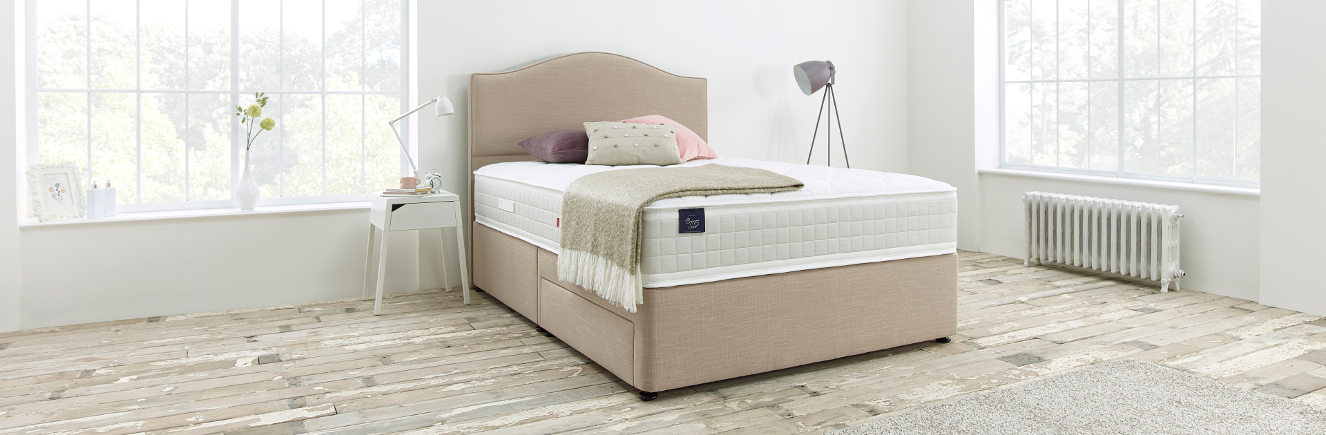 Slumberland Bronze Seal Bed by Nigel Byrom's.jpg