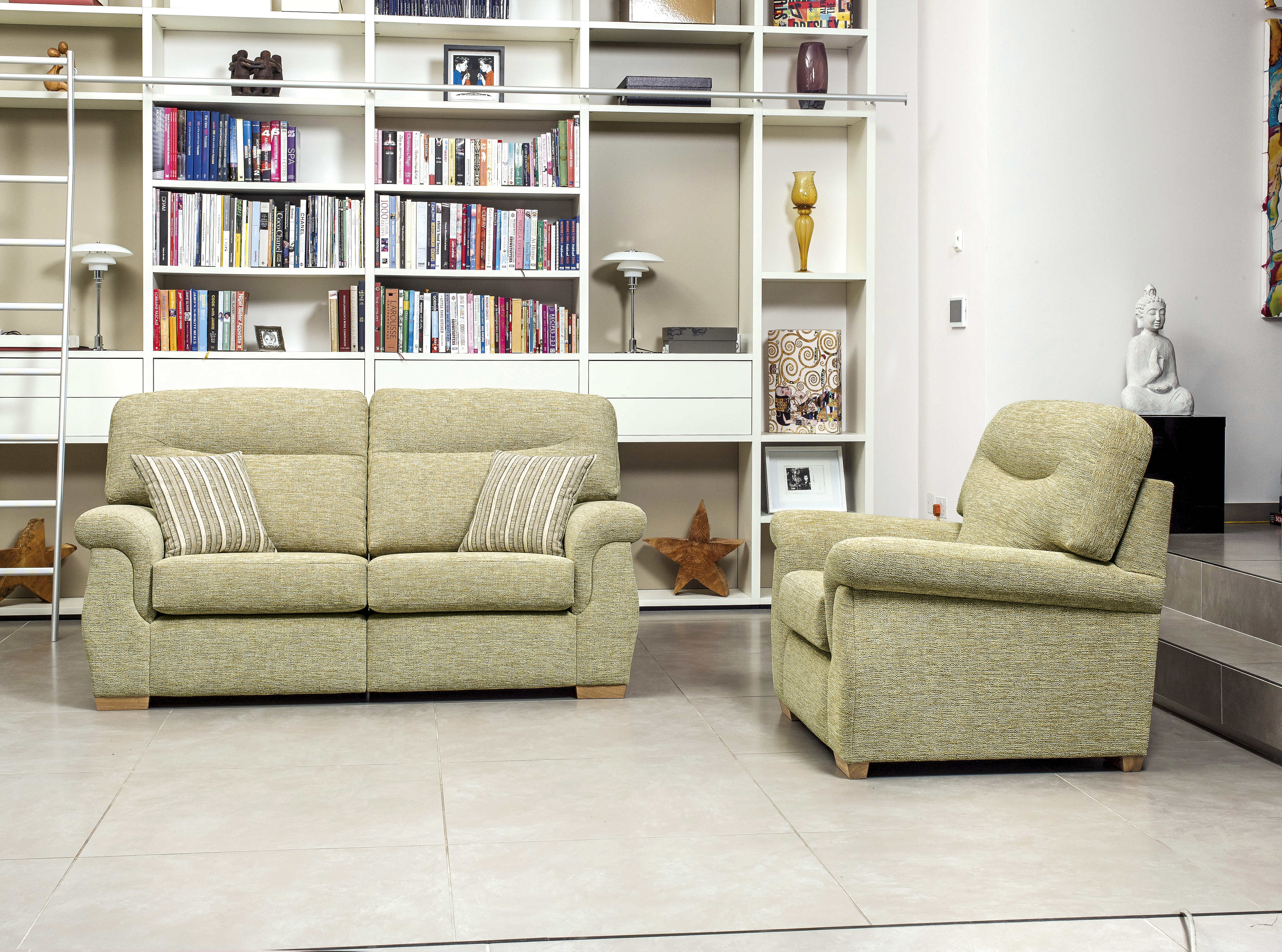 Rembrandt 2-Seater Settee & Chair