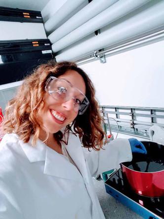 Stoffe färben im Labor