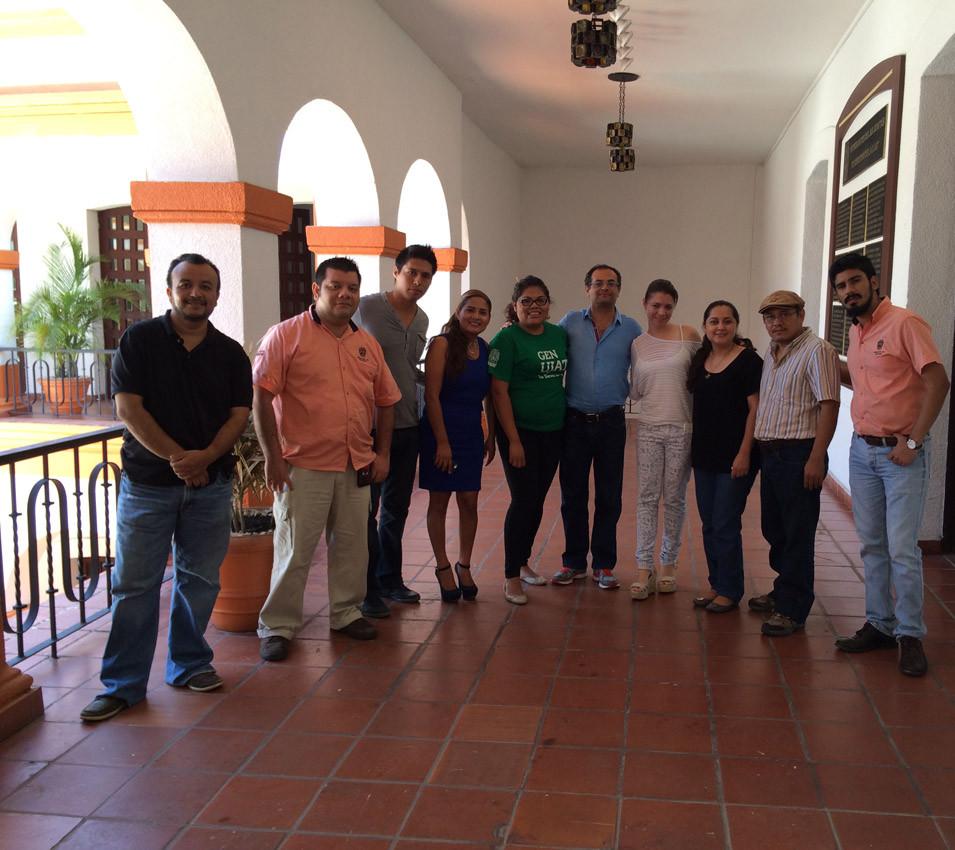 Muchas gracias a Luis Acopa y su equipo de la coordinación del Fondo Editorial de la UJAT.