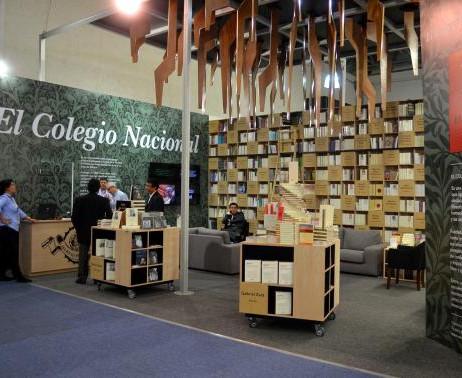 El stand del Colegio Nacional cuenta con una superficie de 70 m2