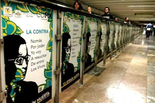 En los andenes del metro, el sentido de la poesía se actualiza en los ciudadanos