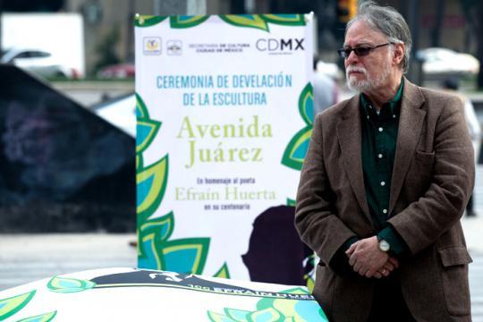 Nuestro querido David Huerta, en uno de los homenajes a su padre