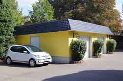 Parkplatz und Garage für Gäste