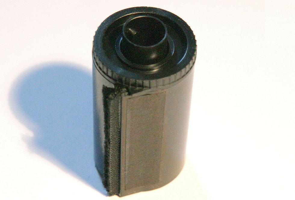 5x Reloadable 35mm Plastic film cassettes