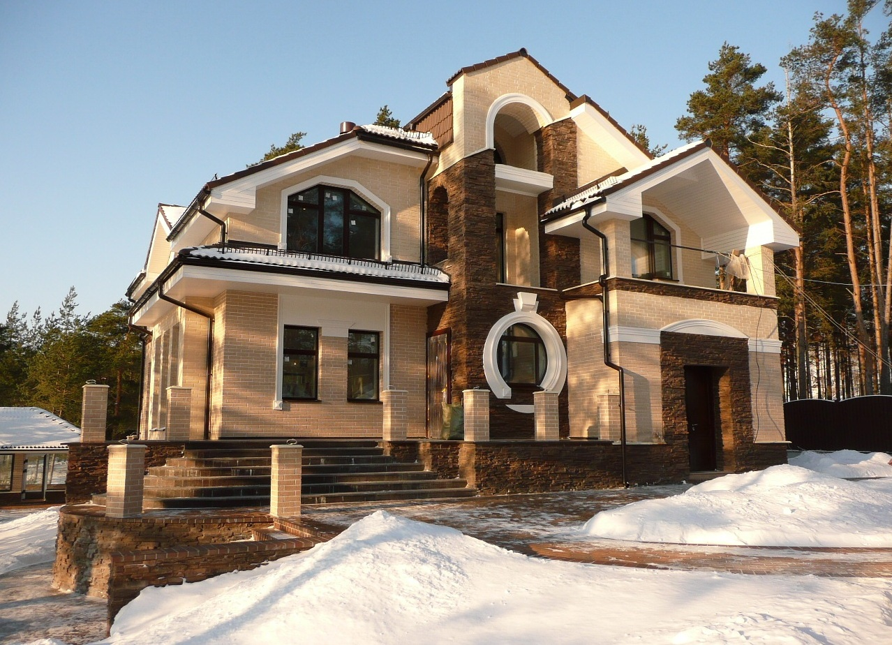 fasadnyy_dekor_iz_penopolistirola_3-1