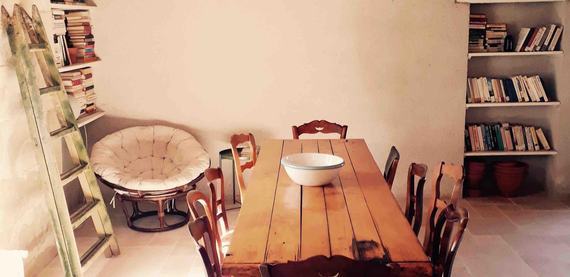 Table à manger Maison du Passeur