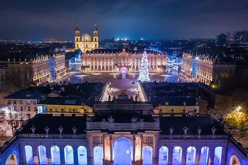 En allant vers la place Stanislas de Nancy la nuit de Noël
