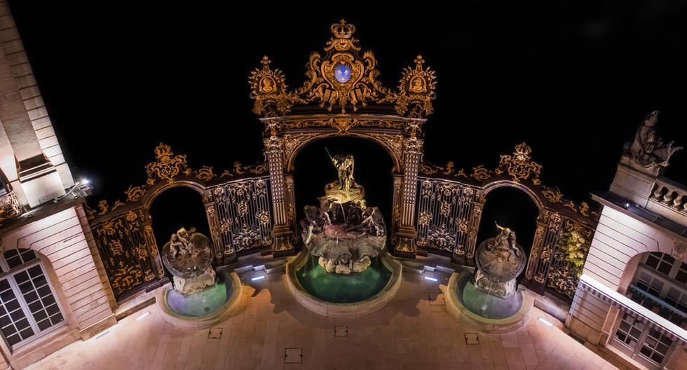 Place Stanislas à Nancy (Fontaine Neptune)