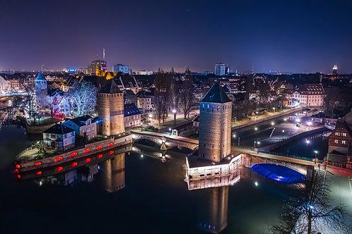 Ponts couverts de Strasbourg la nuit