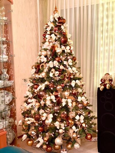 Weihnachtsbaum schmücken wie ein Profi