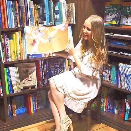 Bookshop%20reading_edited.jpg