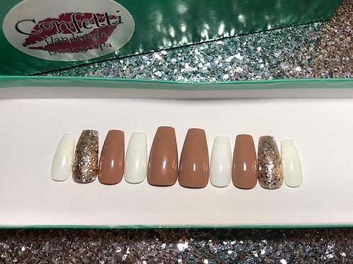 Tan Gold White Nail Set