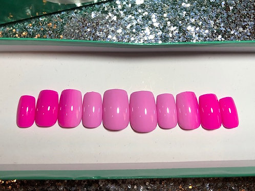 Pink Vertical Ombre Nail Set