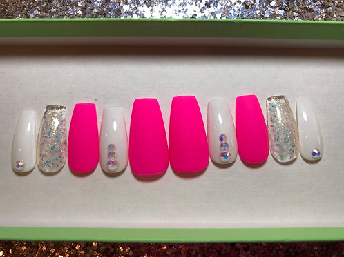 Neon Pink & White Nail Set