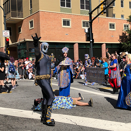 Cosplayers, Fans, and Georgia Descends onto Atlanta for Annual Dragon-Con 2019 Parade (Video & Image