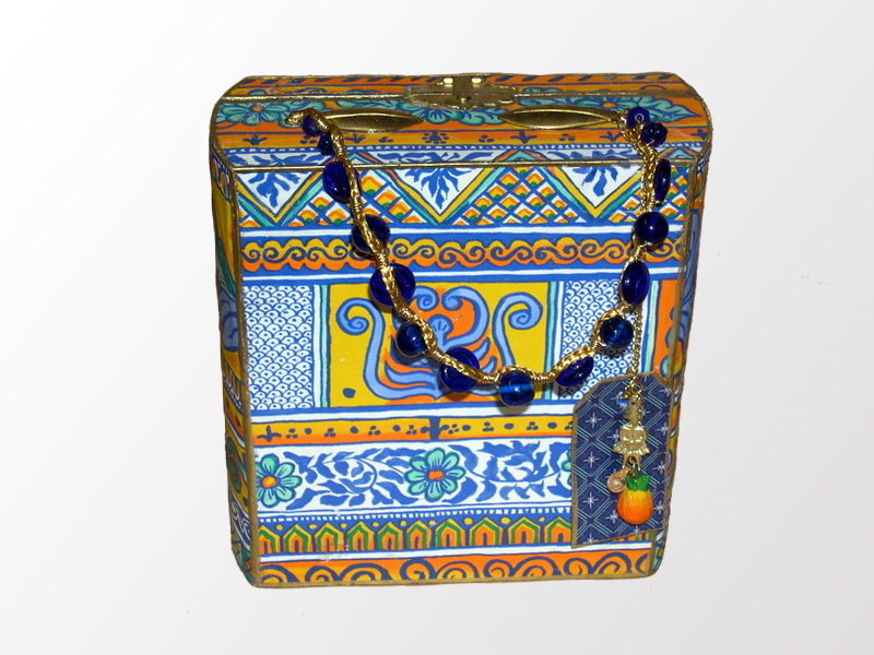 Talaveras Cigar Box Purse