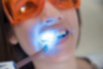 paciente-femenino-gafas-proteccion-segur