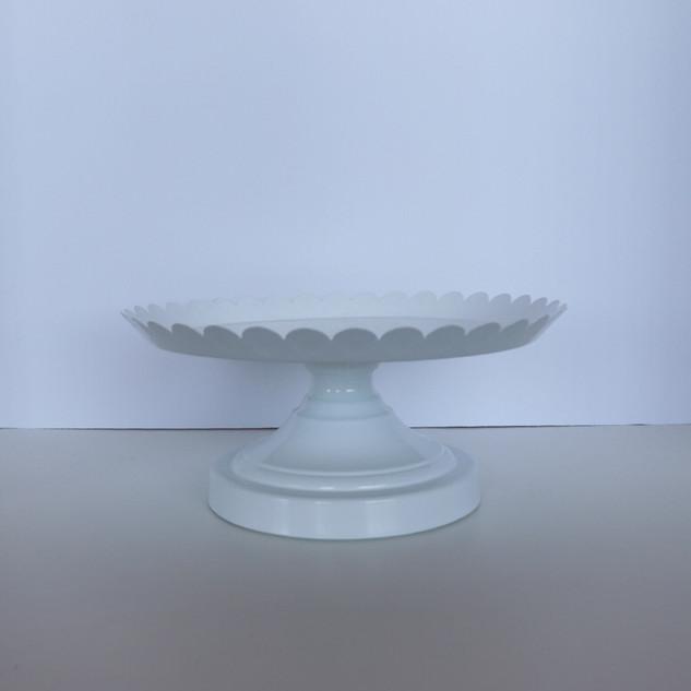 small white metal scalloped cake pedestals