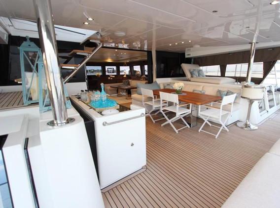 zanzibar yacht (1).jpg
