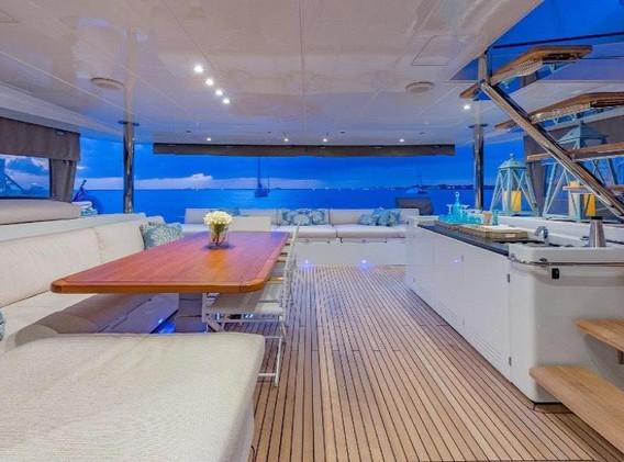 zanzibar yacht charter.jpg